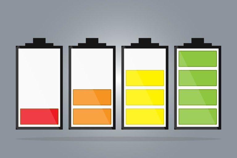 Jak akumulator zamienia energię chemiczną w elektryczną?