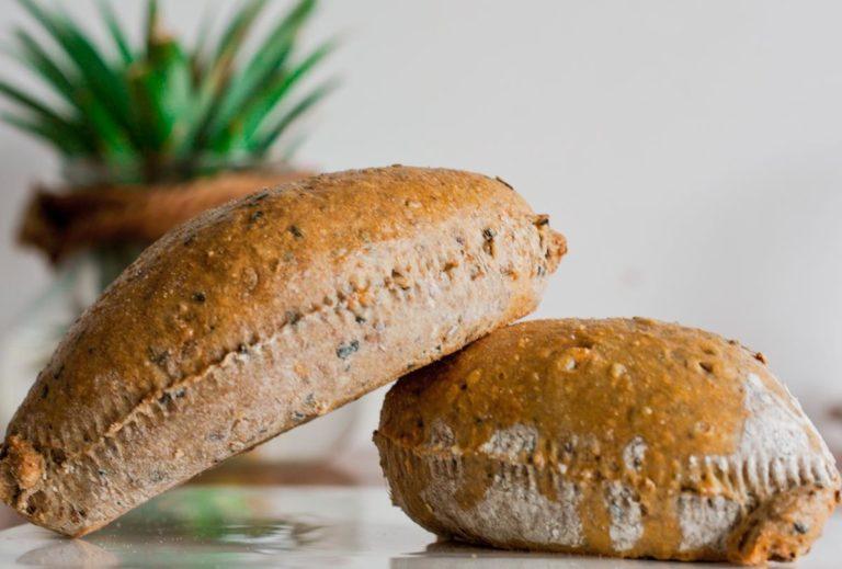 Jakie piekarnie z Gdańska sprzedają chleb orkiszowy?