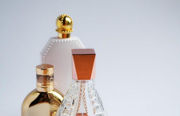 W jaki sposób wybierać producentów perfum?