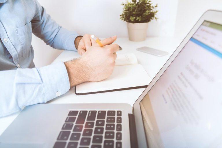 Szukasz wskazówek technologicznych dla swojego bloga? Wypróbuj te wspaniałe pomysły!